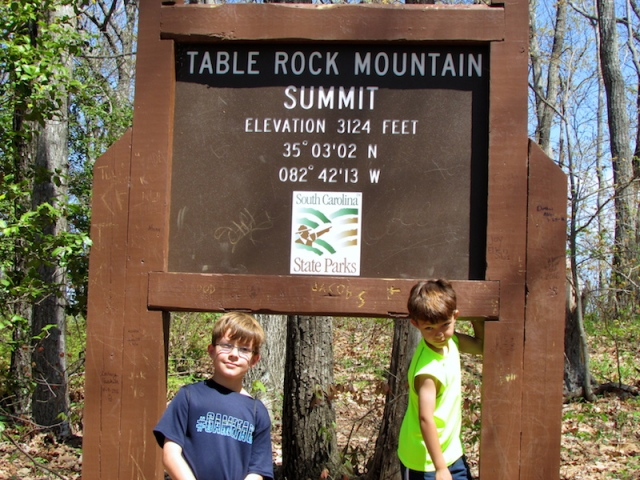 table-rock-summit-the-family-glampers