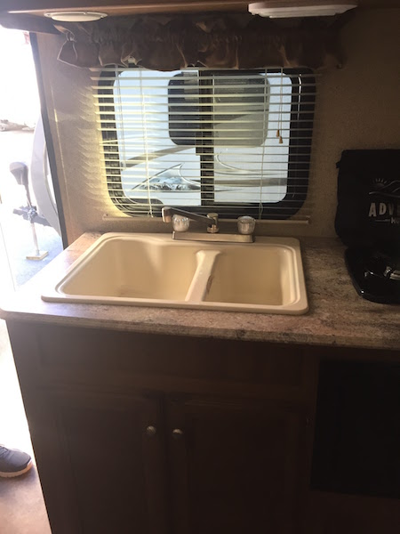 coachmen-apex-nano-193bhs-the-family-glampers_7
