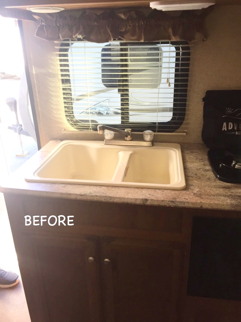 Diy Almost No Sew Curtains For Rv Or Travel Trailer The Family Glampers